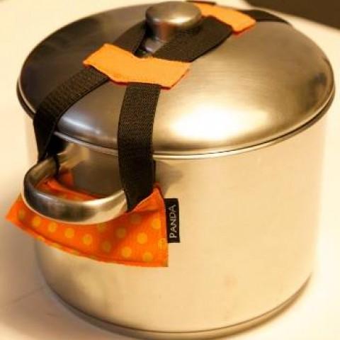 רצועה לנעילת מכסה סיר - גאדג´ט למטבח