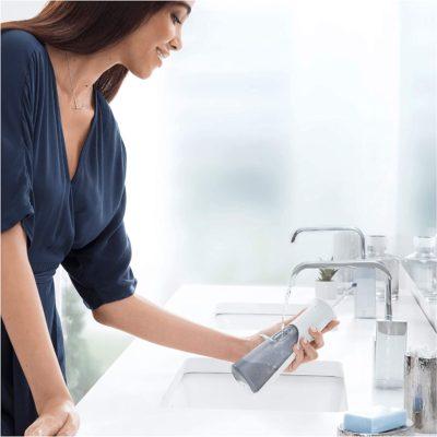 מתיז מים לניקוי שיניים ORAL-B AquaCare Pro-Expert Dental Water Jet Technology with Oxyjet